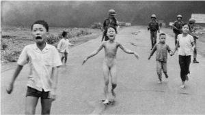 napalm-girl-vietnam-war-photo-12201419