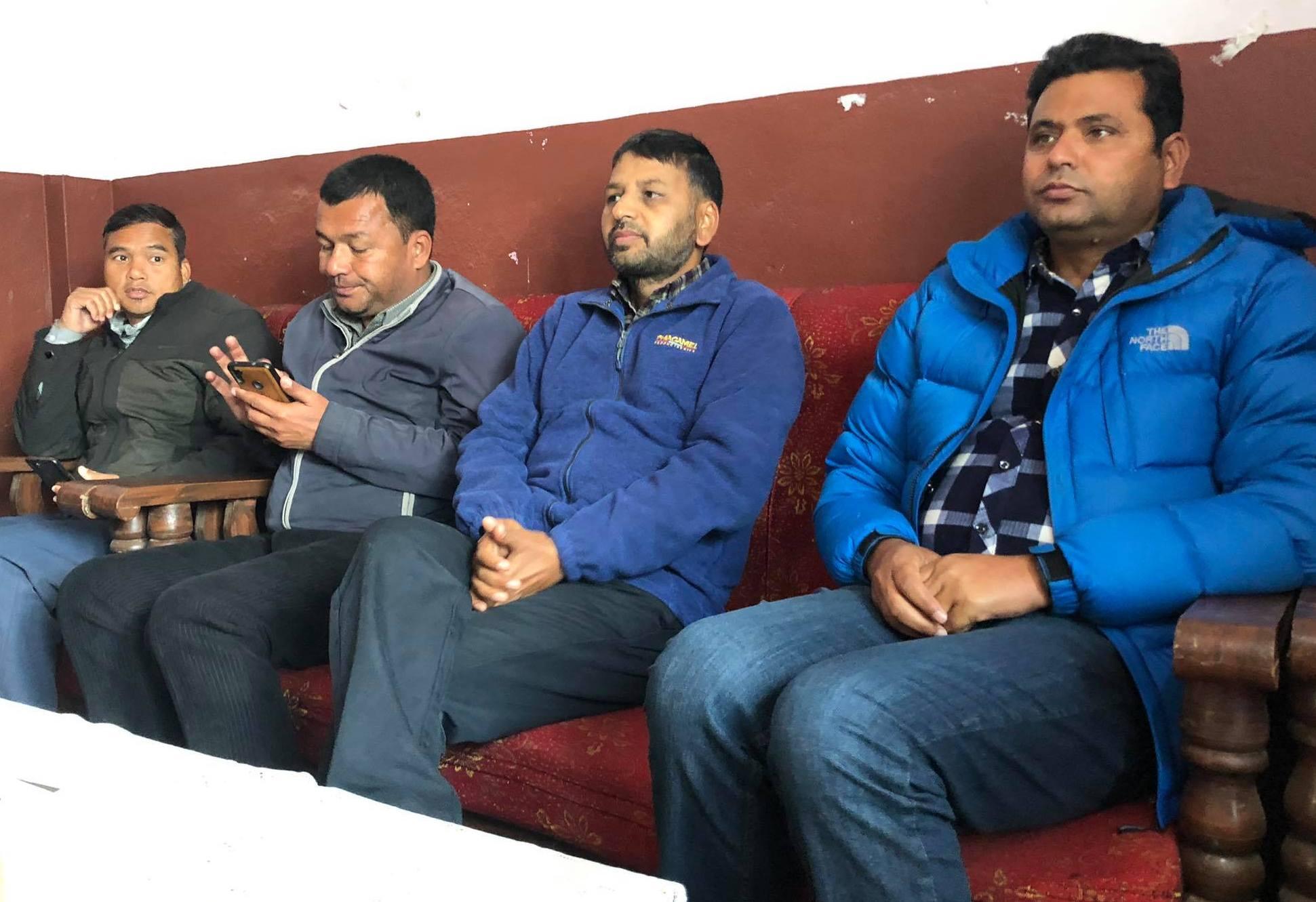 प्रचण्ड–नेपाल पक्षका नेता भन्छनः 'ओली समुहको चुनाव चिन्ह 'बयलगाडा' र पार्टी कार्यालय बालकोट हुन सक्छ'
