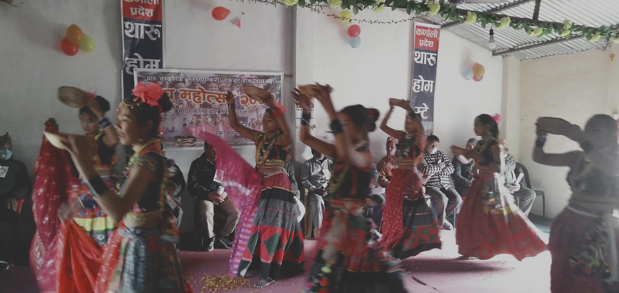 थारु समुदायको माघी महोत्सव मनाइयो